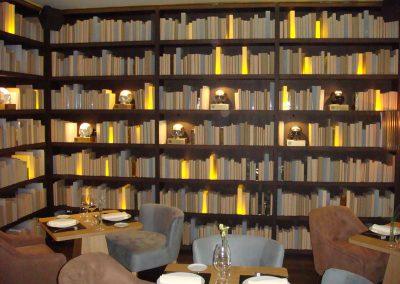 Castellana, 8 (Libreria Panorámica)