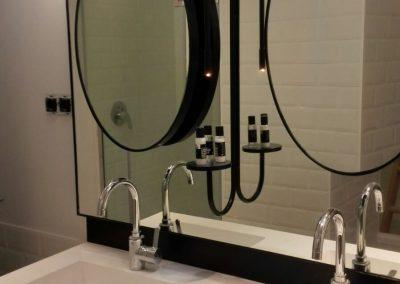 Estructura de lavabo y espejos (2)