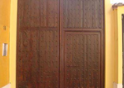 Puerta de madera (foto 1)