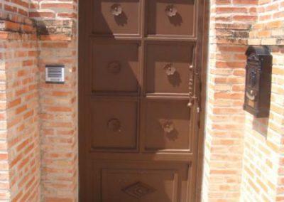Puertas de vivienda (foto 1)