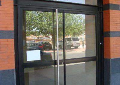 Puertas de vivienda (foto 3)