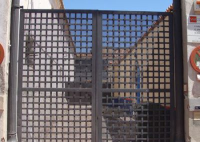 Puertas de vivienda (foto 4)